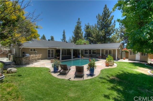 landscaped backyard and pool