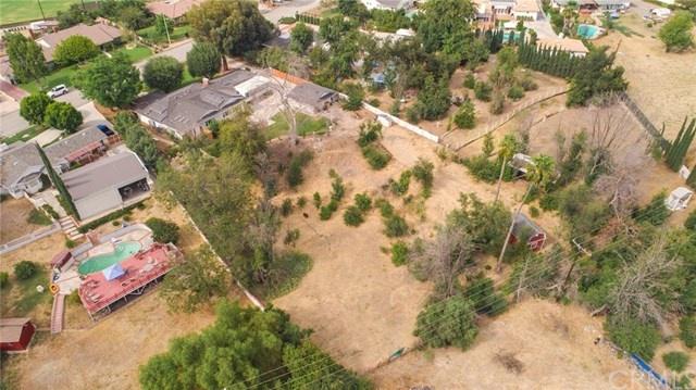 aerial shot of 2642 e vanderhoof drive, zoned for 5 horses