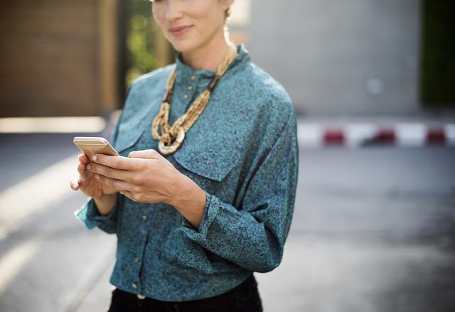 woman-on-phone.jpg